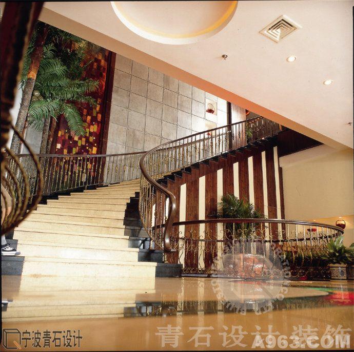 宁波圣巴里咖啡馆旗舰店—餐饮空间—青石装饰设计